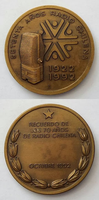 MEDALLA  SETENTA AÑOS RADIO CHILENA