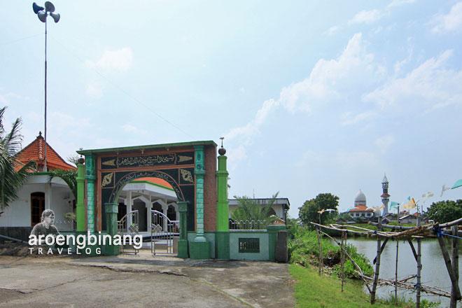 masjid malik ibrahim pesucinan leran gresik