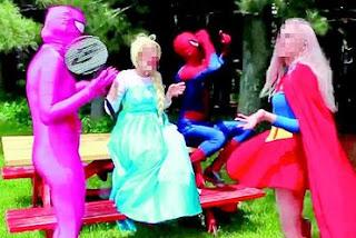 Canais no YouTube enganam crianças com conteúdo violento