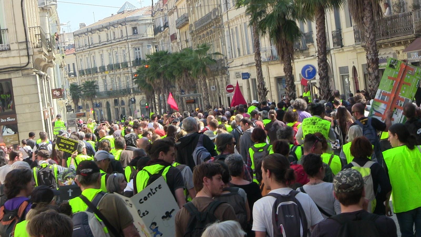 e50c7ed4a02 Samedi. Montpellier encore et toujours en (gilets) jaune(s) !