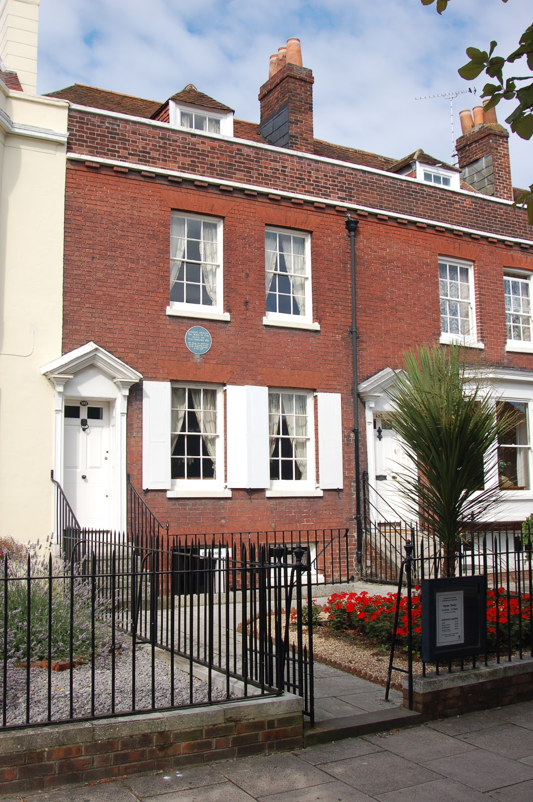 baugh s blog photo essay the homes of charles dickens entrance of dickens s birthplace museum in portsmouth