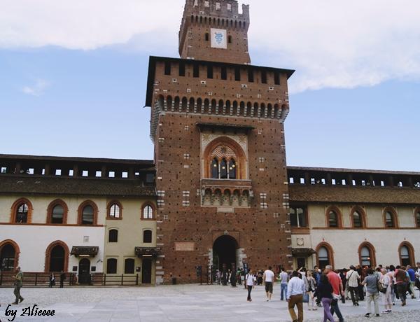 Castelul-Sforzesco-Milano-Italia-Impresii (3)