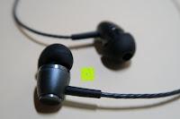 Seite: In Ear Kopfhörer UMIDIGI geräuschisolierender In-Ear Stereo Kopfhörer verbesserter Bass mit Mikrofon für iOS und Android Geräte mit 3.5mm Kopfhöreranschluss – (Schwarz)