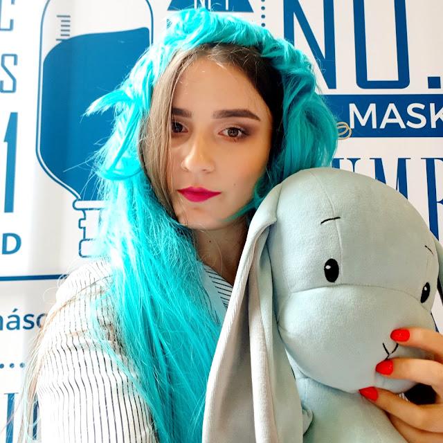 koreańskie selfie na stoisku mediheal