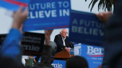 El precandidato presidencial demócrata EE.UU. Bernie Sanders interviene en un mitin en San Francisco, California, EE.UU., el 6 de junio de 2016.Elijah NouvelageReuters