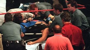 Inilah 9  emain Smack Down yang tewas mengerikan diatas ring