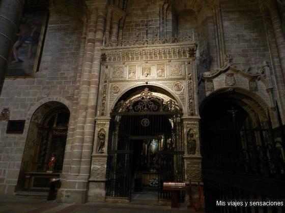Puerta de la capilla de la Anunciación, Catedral de Sigüenza