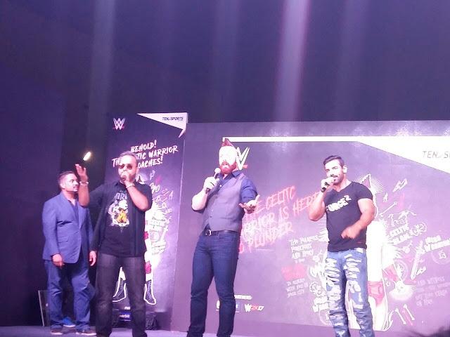 Bollywood hunk John Abraham and WWE Superstar Sheamus take Inorbit Mall, Malad by storm