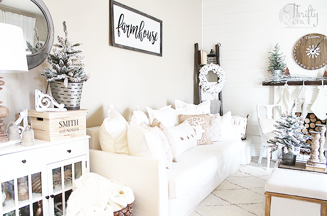 Farmhouse Christmas home tour. Neutral Christmas decor and decorating ideas. Fixer upper Christmas ideas.