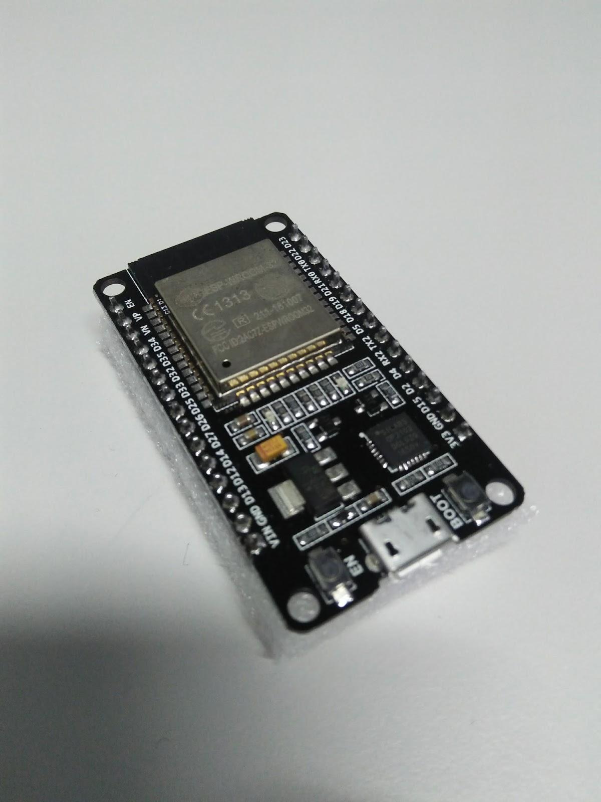 Erste Schritte mit dem DOIT ESP32 Board Klon von Banggood