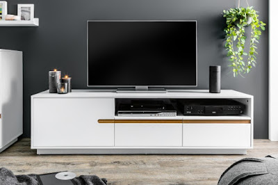 www.reaction.sk, televízne stolíky, nábytok v bielom prevedení
