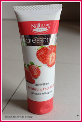Nature's Essence Caressence Strawberry Exfoliating Face Wash
