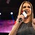 Stephanie McMahon fala sobre os rumores da criação do título feminino de duplas