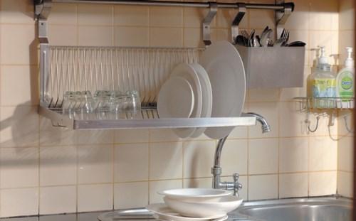 Rak Piring Minimalis gantung untuk dapur modern
