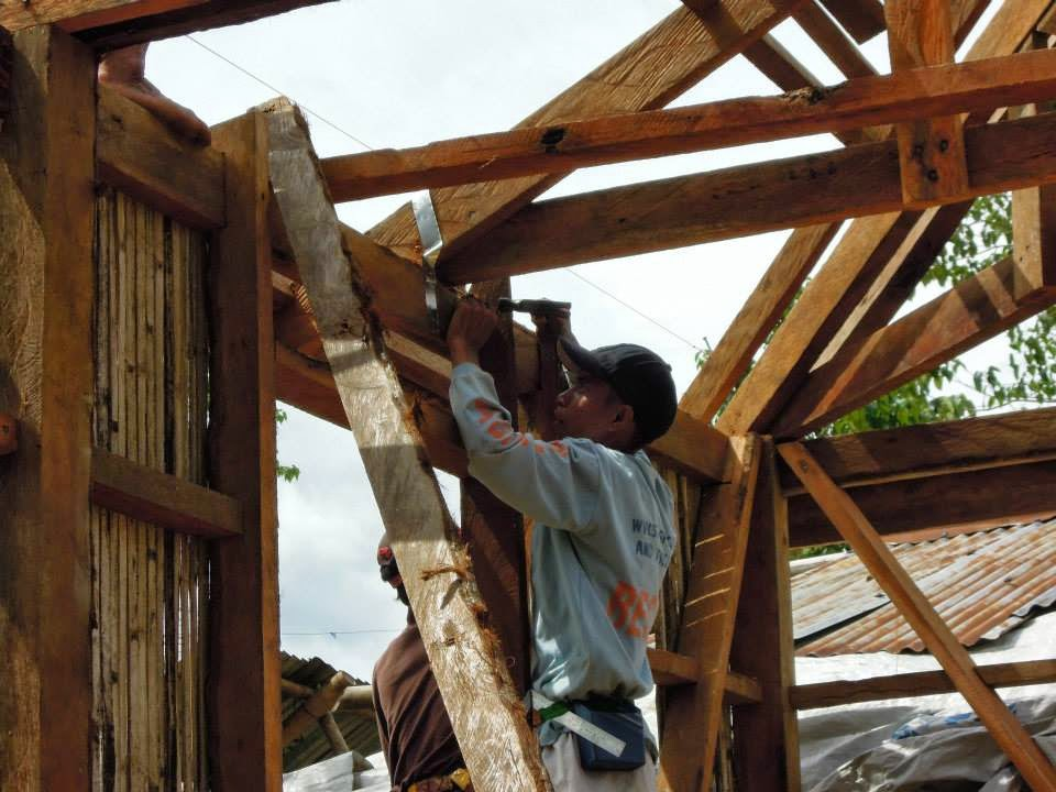 08 in addition 08 together with Red Cross Builds Typhoon Resistant further 08 likewise 08. on wayfarer red cross builds typhoon resistant homes in the philippines