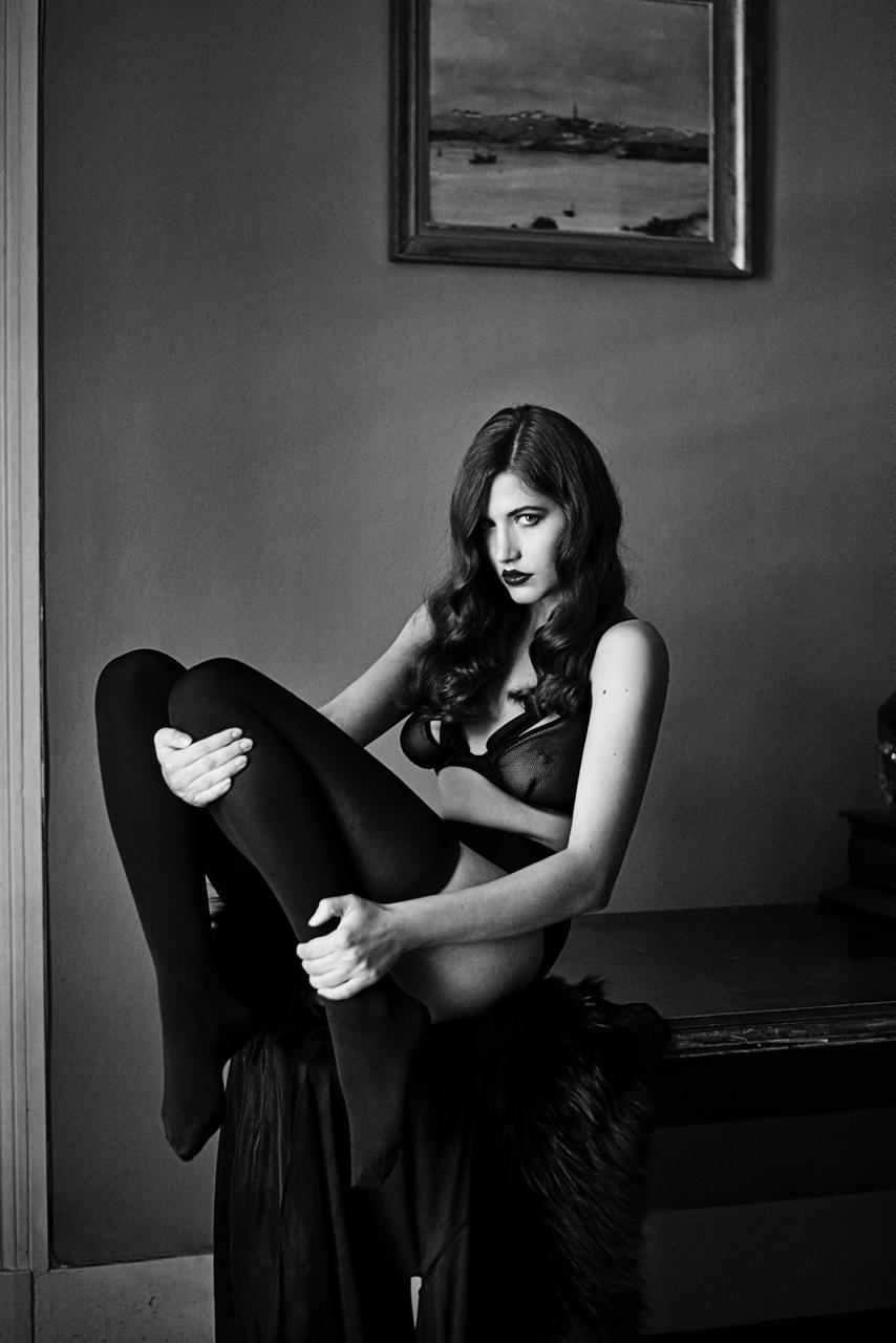 Hot Hea Deville nude (68 photo), Feet