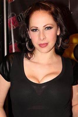 Gianna Michaels bintang film porno dengan bayaran termahal di dunia