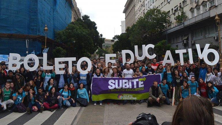 Aumento De Boleto Update: Transporte Público Gratuito: Ante Los Aumentos Del