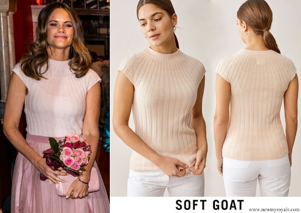 Princess Sofia wore Soft Goat detail top powder pink