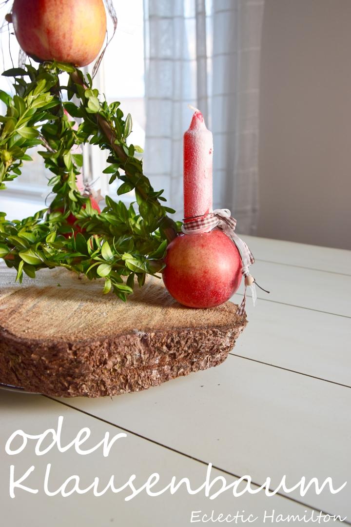 Der traditionelle Adventskranz: Paradeisel. Advent, Weihnachten Dekoidee Kerzen Kranz DIY Äpfel Buchs