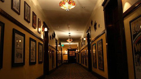 The haunted Glen Tavern Inn is known as one of the most haunted places in California.