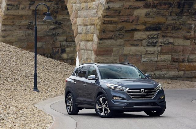 2016 Hyundai Tucson grey