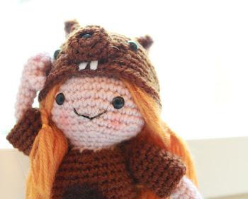 Amigurumi Squirrel Girl free crochet pattern