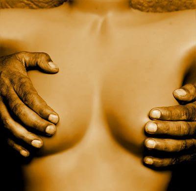 Tus manos, mi piel