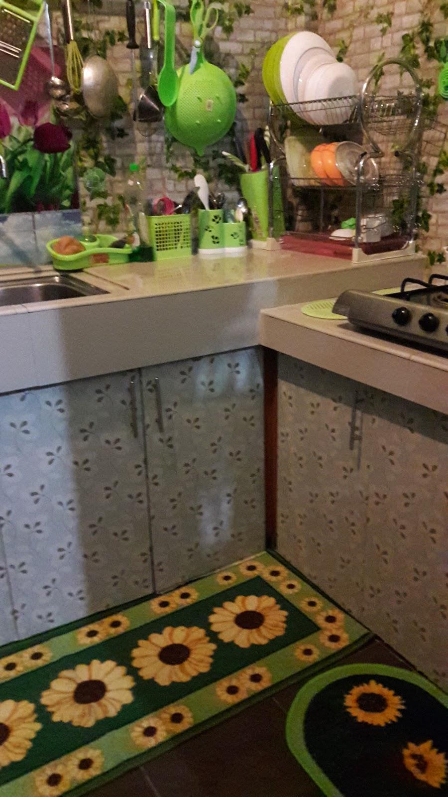 Rencah Kehinku Karpet Di Dapur