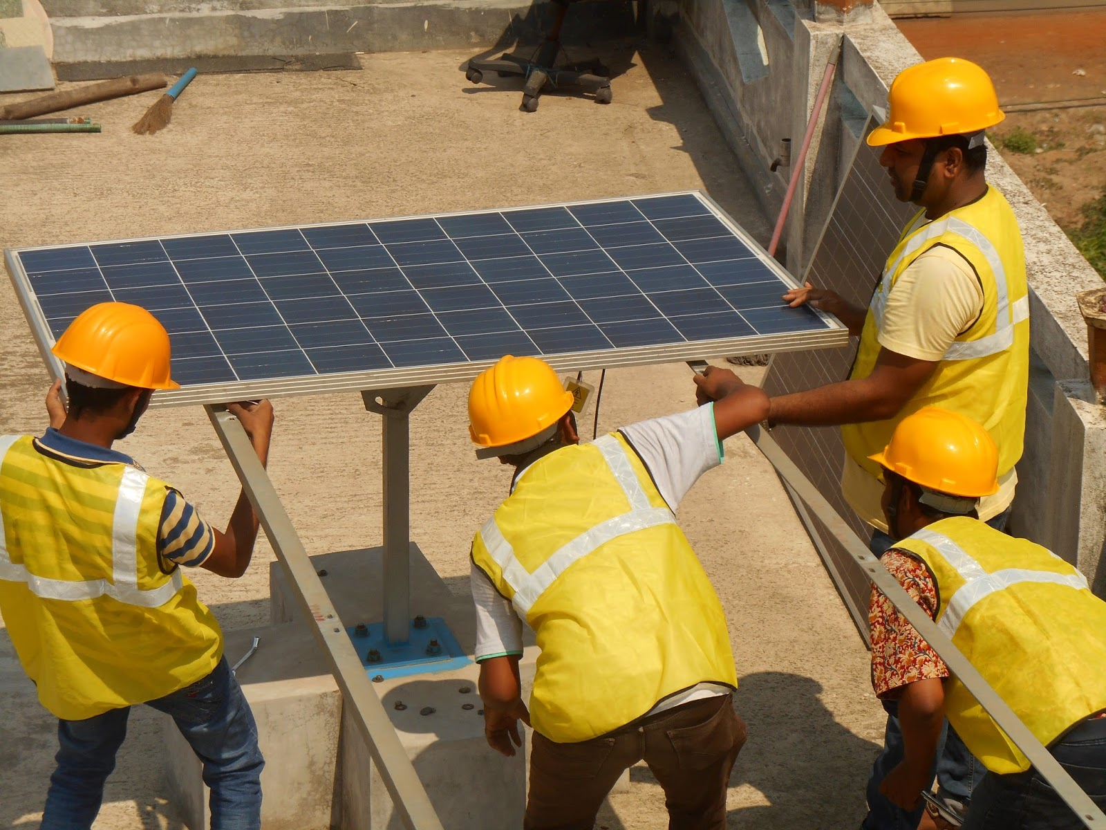 Solar Energy Education Training For Professional