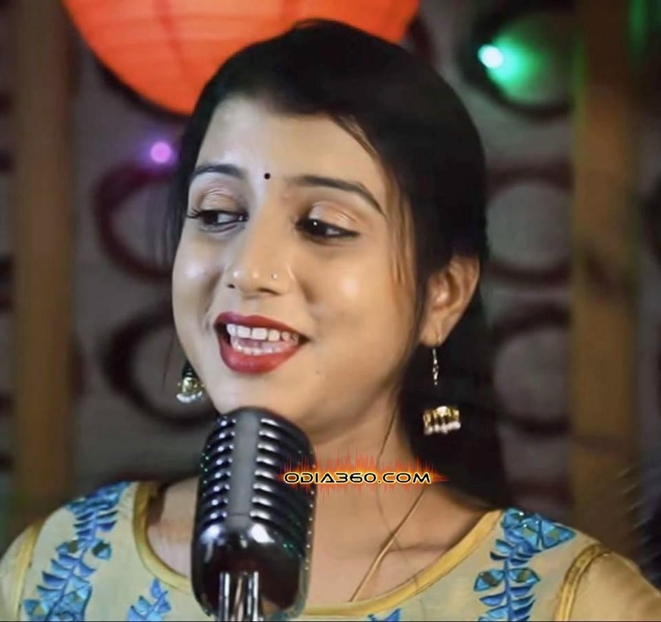 DiptiRekha Padhi hot image pics wall