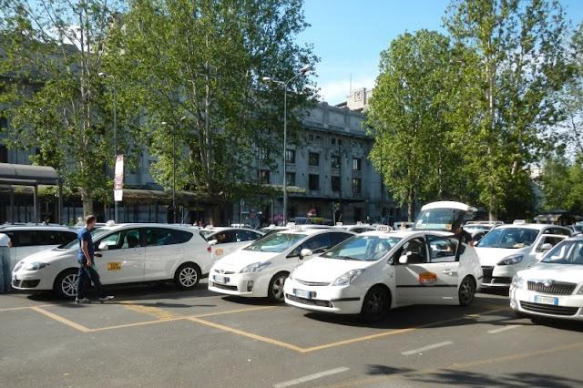 Táxi do aeroporto Malpensa até o centro turístico de Milão