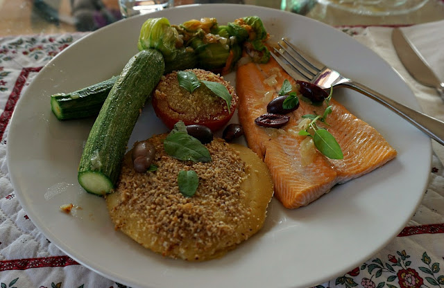 Trout fillets Riviera style