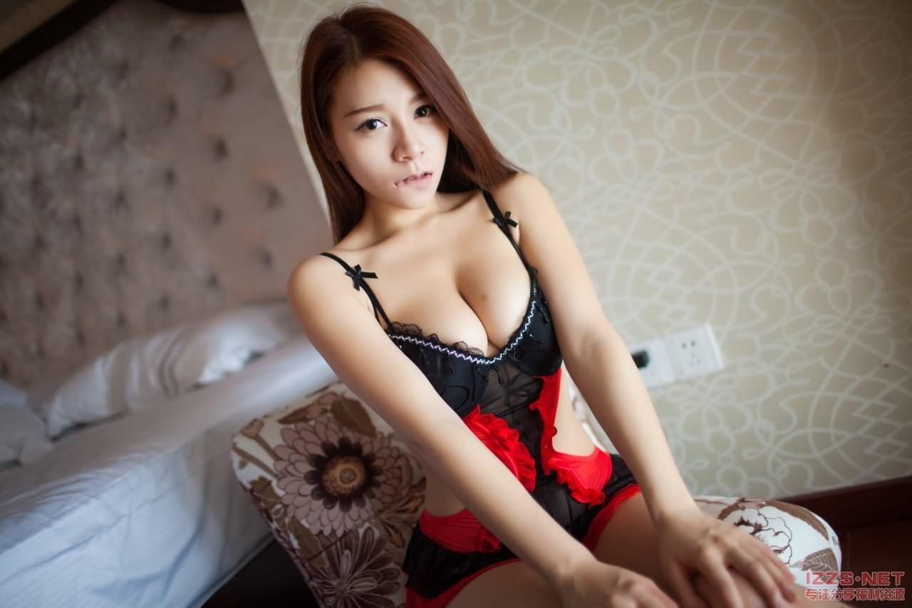 Hot G-String & Less Panties Jia Baobier 嘉宝贝儿 Asian Tempting Maid Naked