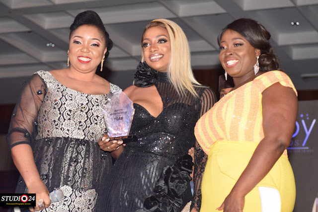 kemi-adetiba-abimbola-craig-sisi-yemmie-others-win-big-at-eloy-awards-2017