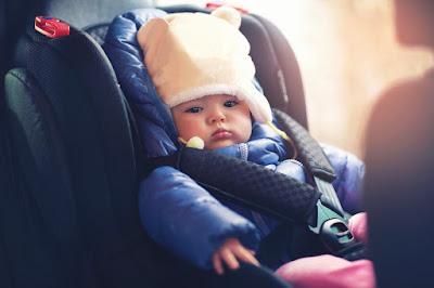 Sillas de coche de niños en Islandia. ¿Qué dice la ley?