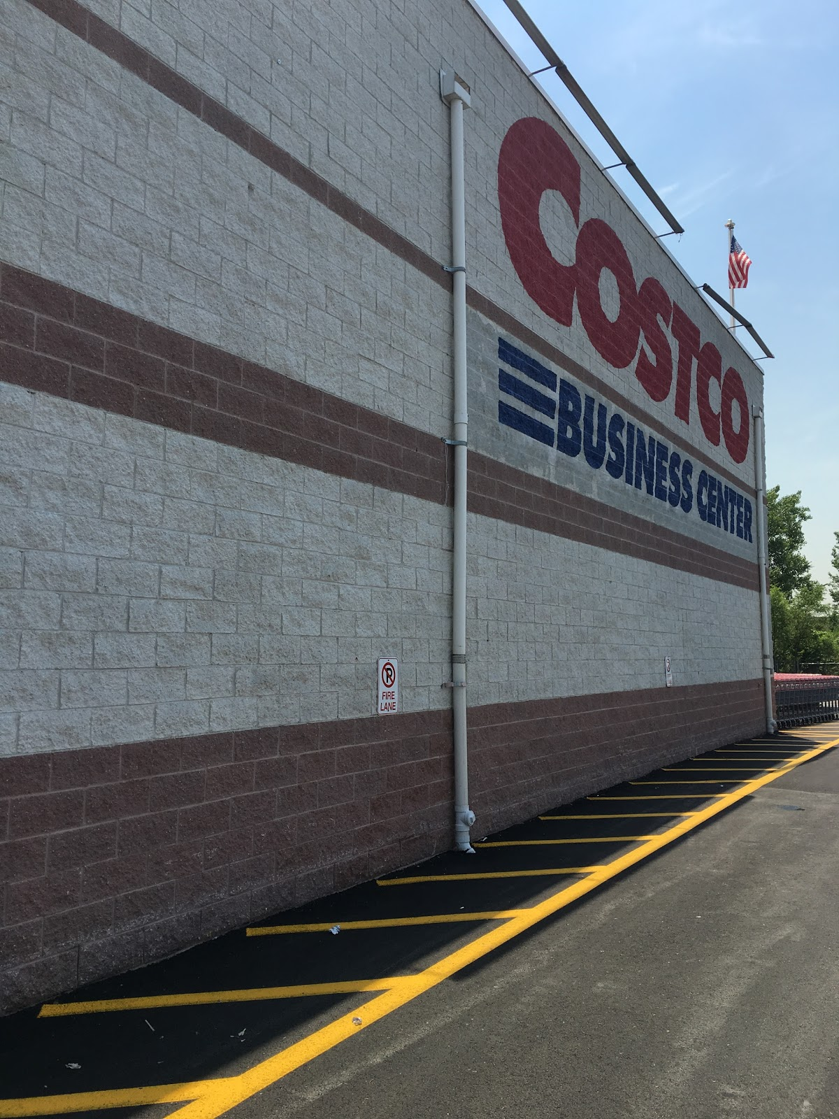 do you really know what you re eating first day for costco visa starting today the costco whole business center in hackensack is among the hundreds of costco warehouses in the united states that accept only visa