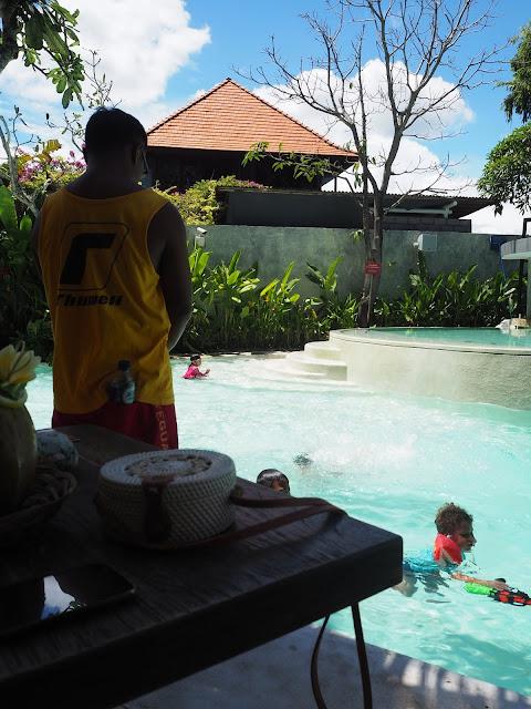 Beach Club Ramah Anak di Sanur Bali