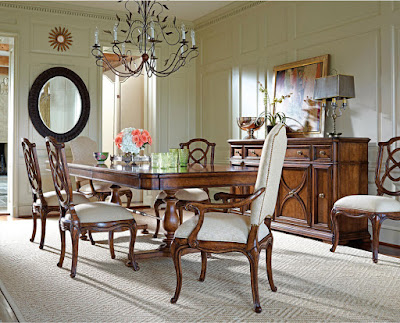 Classic+Dining+Tables-Famille+Pedestal