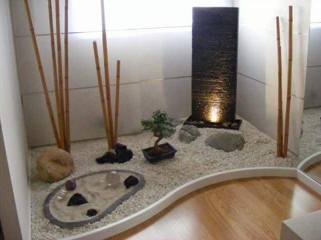 jardín interior oriental