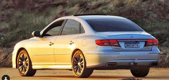 Desain belakang Hyundai Azera