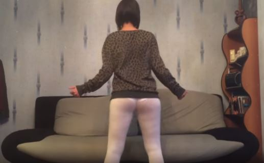 EPIC FAIL: This Girl Films Herself While She's Twerking But THIS Accidentally Happened!