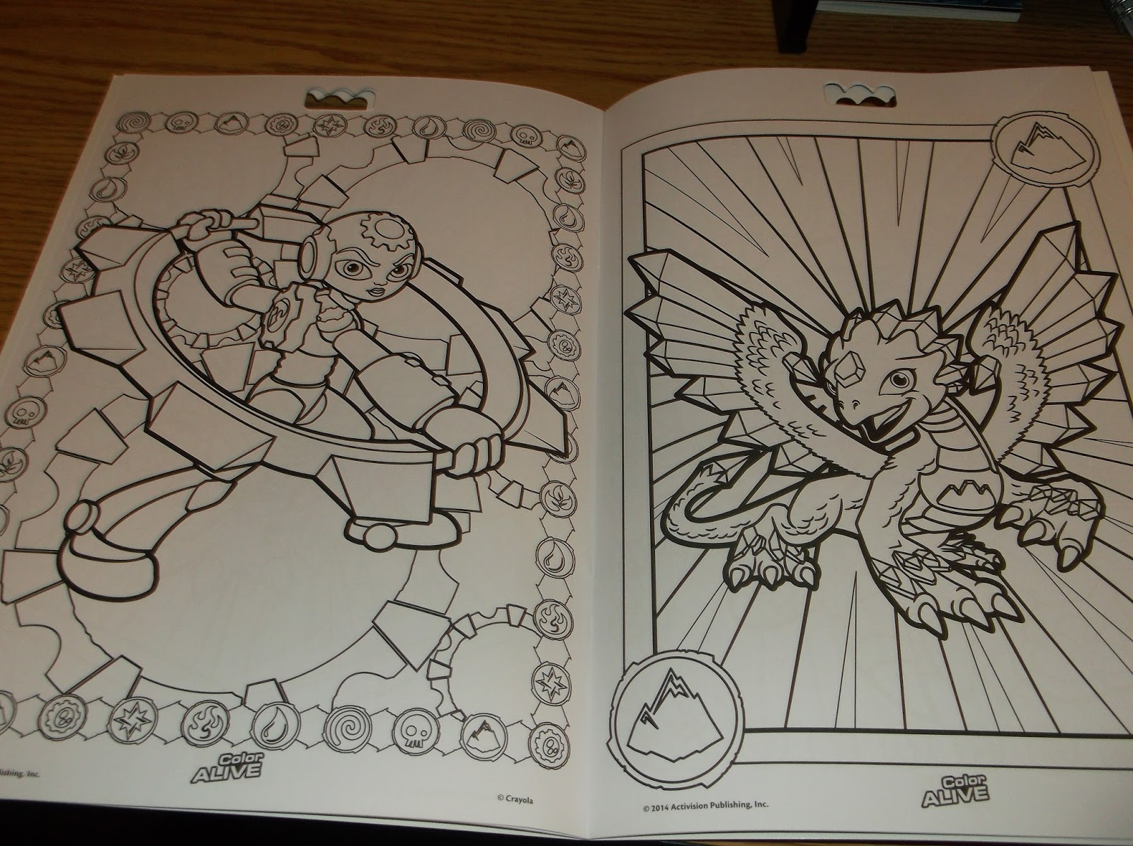 Missys product reviews crayola color alive for Crayola color alive coloring pages