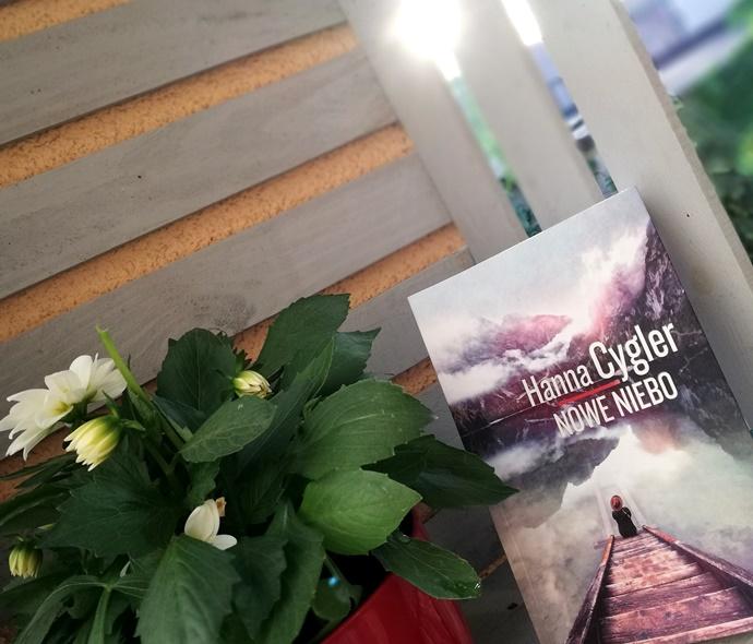 Książka na weekend: Nowe niebo-Hanna Cygler