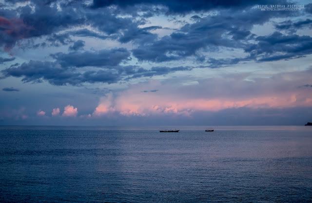 kala pathar beach landscape
