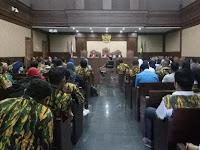 Saksi Sidang: Seluruh Anggota Komisi VIII Terima Uang Korupsi Alquran