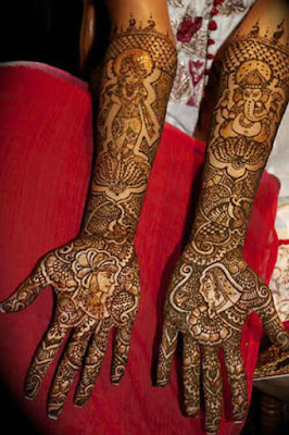 latest-traditional-indian-mehndi-designs-pattern-2017-for-hands-10