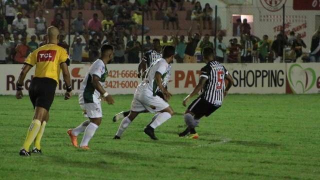 125c7c6d9 Nacional de Patos tem jogador expulso em lance polêmico e perde de virada  para o Botafogo no José Cavalcanti