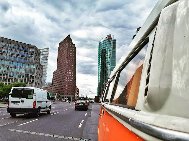 Berlin Bulli Tour at Potsdamer Platz