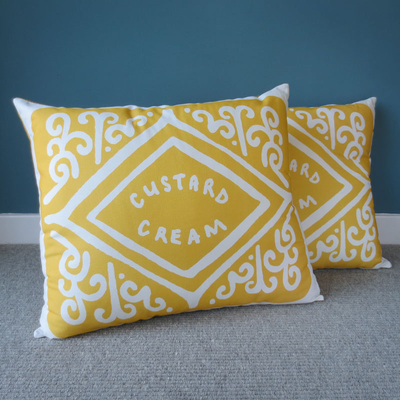 7a5792fd9ec0 Nikki McWilliams English Biscuit Pillows